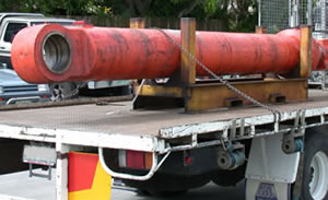 Arrival of hydraulic ram for refurbishment